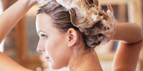 Витамины А, В, С и Е в ампулах – основа комплексного ухода за волосами